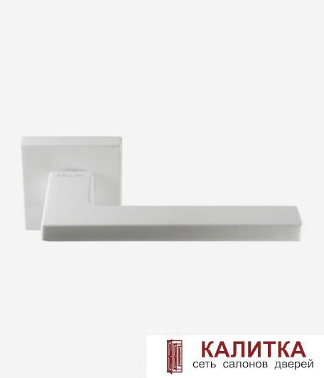 Ручка дверная Pallini на квадратном основании Мюнхен PAL-Z07-S WHITE белый TD185250