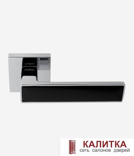 Ручка дверная Pallini на квадратном основании Нью-Йорк PAL-Z02-S PC/MatB полированный хром/черный