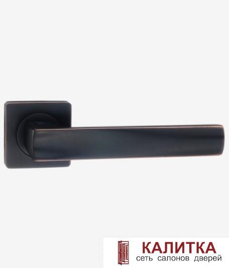Ручка дверная RENZ на квадратном основании ОСТИЯ DH 74-02 ABB бронза черная с патиной TD 185223